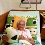 paní Pešková v posteli