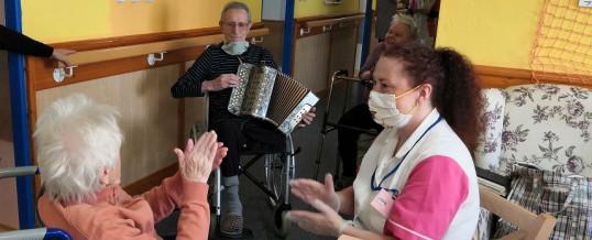 Zpíváme s harmonikou