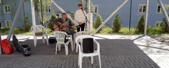 Zpívání pod okny