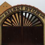 Vrata Selský Dvůr